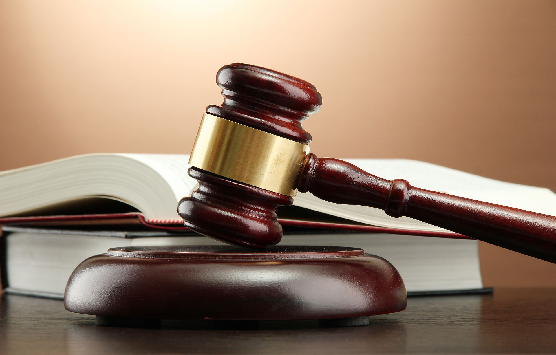 Mount Pleasant woman indicted for wire fraud and filing false tax returns_139852