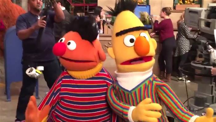 bert-ernie-muppet-show-tease-today-161115-02_aac58f2204cb5ae482d2a82a91915150-today-inline-large_254530