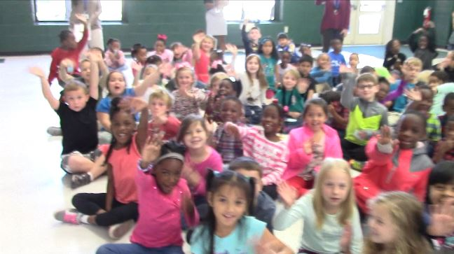 rob-fowler-visits-the-1st-2nd-graders-at-eagle-nest-elementary-school_252711