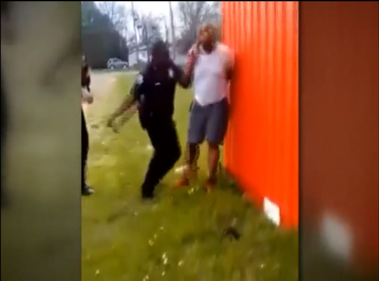 mississippi-officer-fired-after-video-of-suspect-being-hit_294620