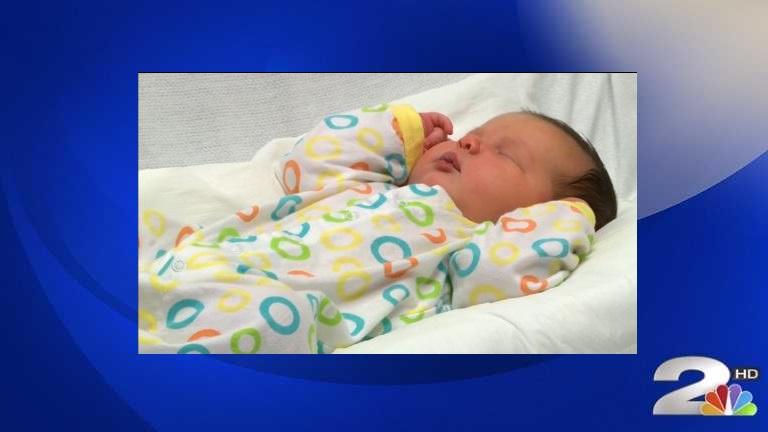 Whoa, baby! 'Toddler' baby breaks record at SC hospital_368371