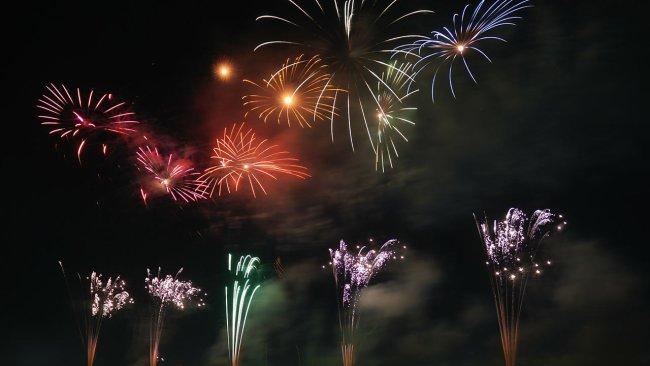 fireworks-generic_372300