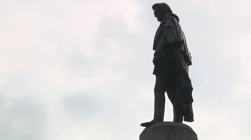 Calhoun statue_394230