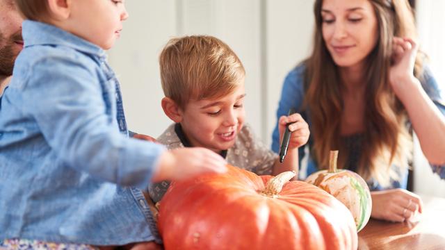 pumpkin2520carving_1507661808080_307020_ver1-0_27615296_ver1-0_640_360_430814