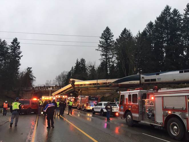 'Injuries and casualties' from Amtrak derailment_462632