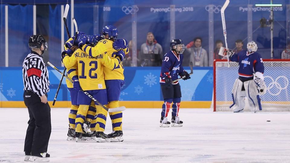 sweden_celebrates_swe-cor_492823