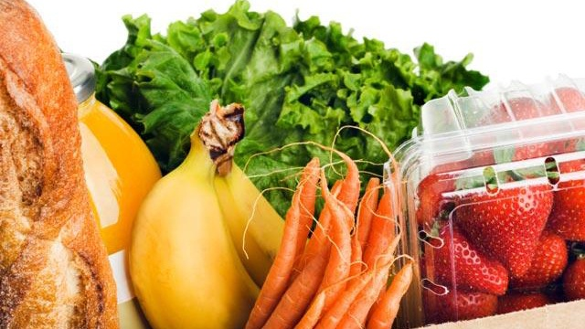 Food-stamps---Bag-of-groceries-food-bananas-carrots-spinach-bread_158596_ver1_20170124192601-159532