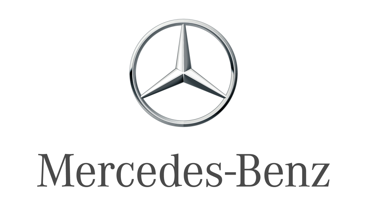 Mercedes-Benz rolls out first Sprinter van from new North