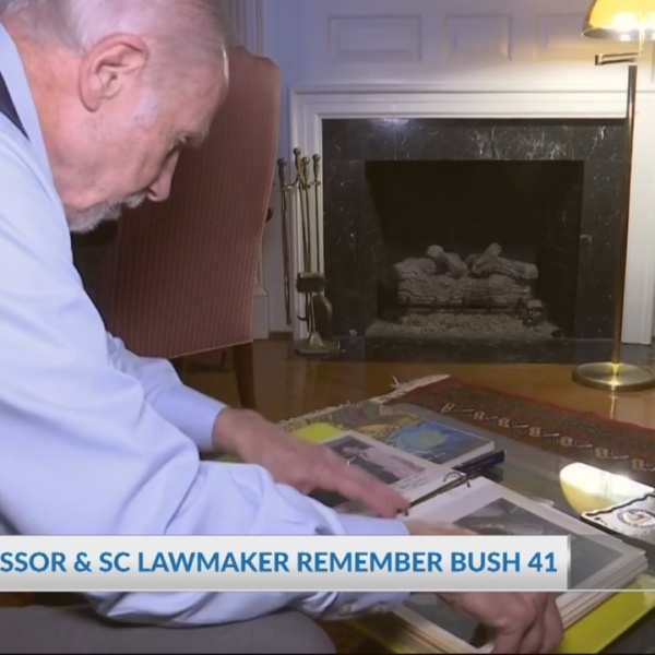 USC Professor and SC Lawmaker remember Bush 41
