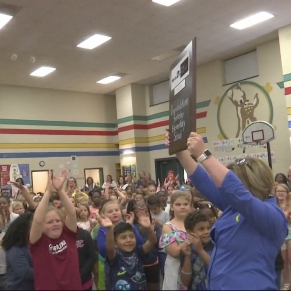 Berkeley Elementary School receives  News 2 Cool School award