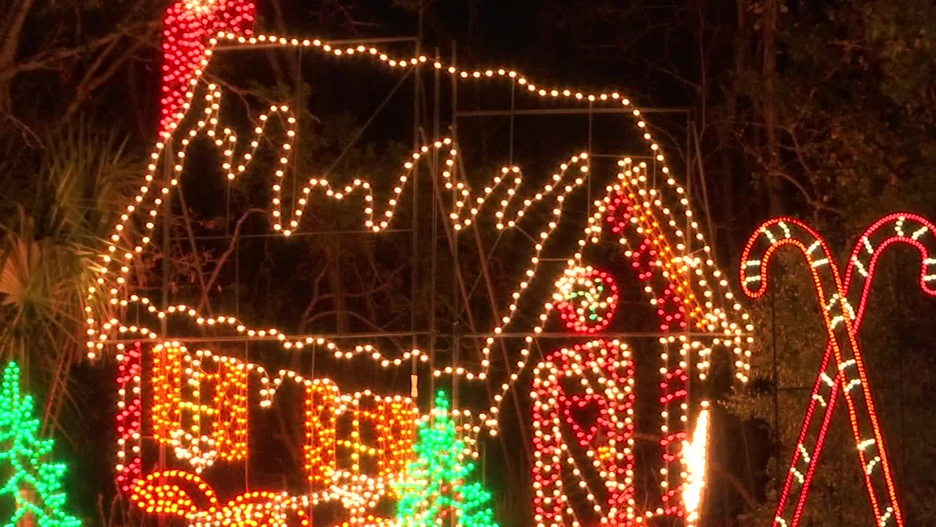 James Island Christmas Lights 2019.The Holiday Festival Of Lights Opens In One Month Wcbd News 2